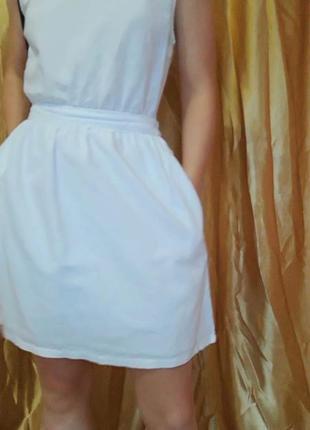 Белый льняной сарафан с открытой спиной