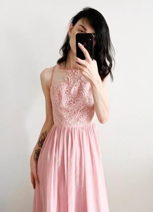 Шикарные платья chi chi london