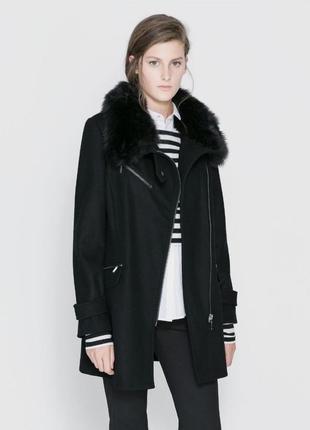 Шерстяное зимнее/демисезонное пальто,косуха с мехом,куртка,60% шерсть,zara