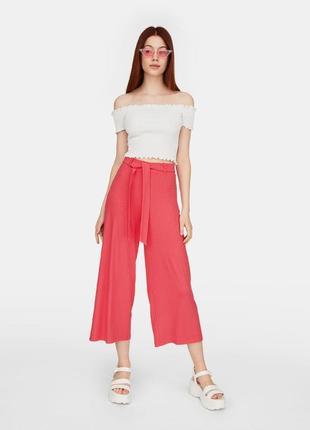 Трикотажные брюки-кюлоты с поясом