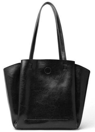 Женская стильная черная кожаная сумка с ручками