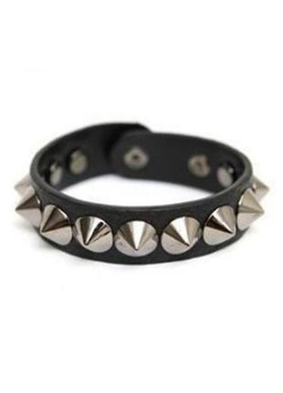 Крутой браслет еко кожа рок готика черный панк шипы пирамидки