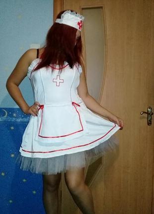 Эротический костюм медсестры.