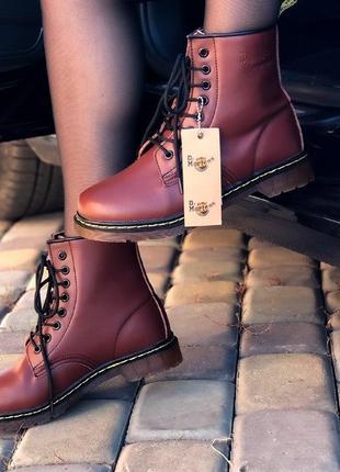 Шикарные женские зимние ботинки dr. martens 1460 cherry  с мехом