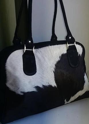 Фірмова шкіряна сумка з натурального хутра корови