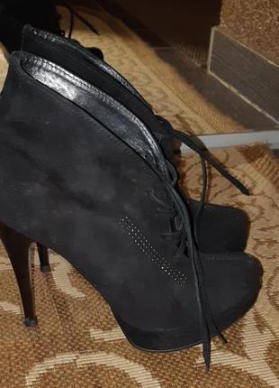 Туфлі/ботильйони+ черевички