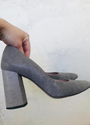 Туфли лодочки из натуральной замши