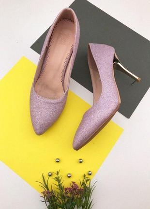 Женские туфли лодочки с блестками на шпильке