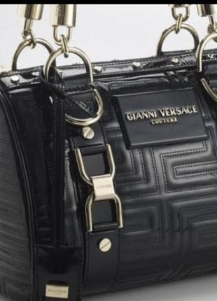 Черная кожаная сумка ganni versace