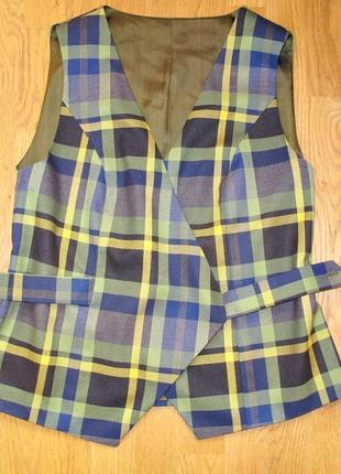 Комплект оригинальный женский   48-50 размера, l : юбка и жилет
