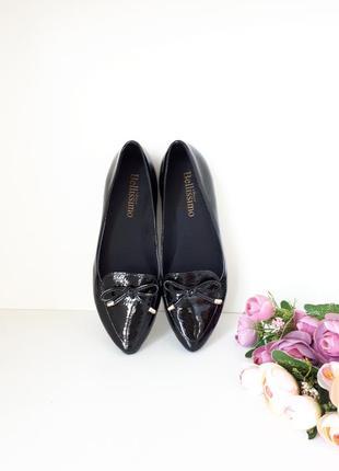 Кожаные туфли лакированные школьные bellissimo