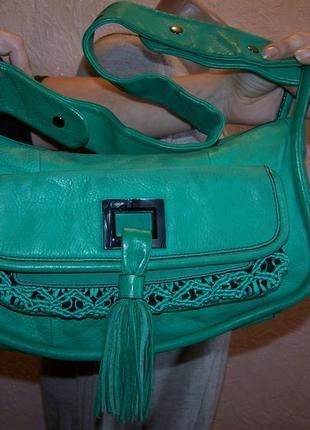 Зеленая сумка с кисточкой mimco  100%кожа италия
