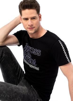 Lcw новая фирменная мужская футболка 16116