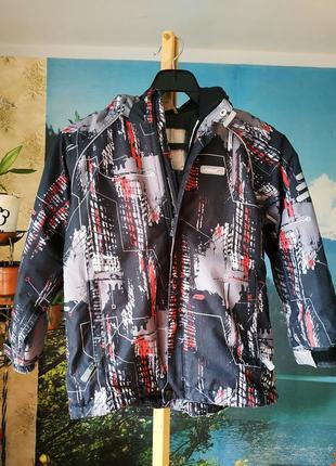 Термо курточка reima, рост 116см, 5-6лет, с капюшоном
