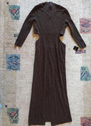 Тёплое платье zara с разрезом и открытой поясницей