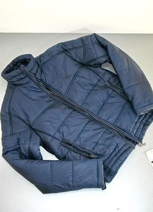 Короткая женская куртка diadora.