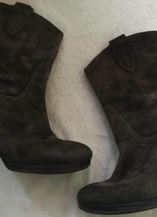 Шикарные замшевые ботинки minelli