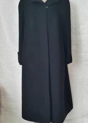 Новое лаконичное чёрное пальто прямого кроя осень 82% шерсть/10 %ангора, размер 4 хл