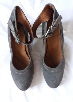 Туфли босоножки замша