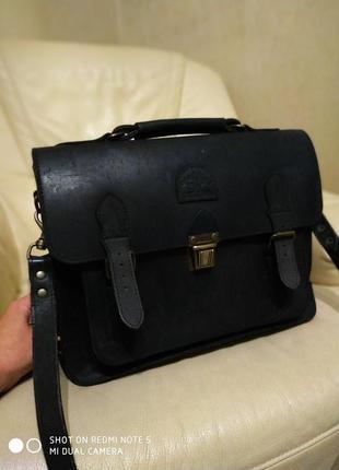 Фирменная мужская сумка ground cover. кожа