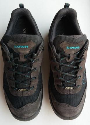Трекинговые кроссовки lowa gore-tex, оригинал.
