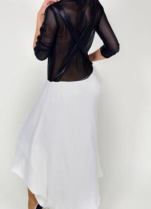 Платье из кожи