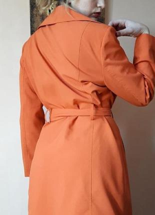 Тренч оранжевый актуальный однобортный