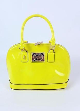 Желто-лимонная лаковая сумка