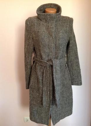 Буклированное пушистое пальто от brenda zara. /xl/