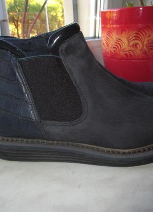 Замшевые ботинки tamaris 39 р