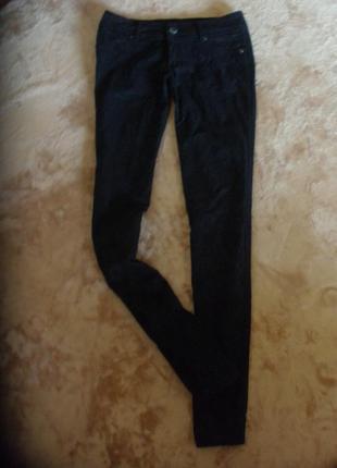 Джинсы брюки a.m.n. с принтом кружева
