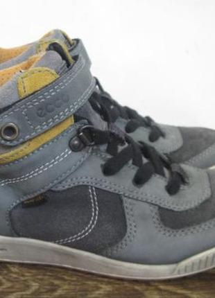 Демисезонные ботинки ecco gore tex р.33