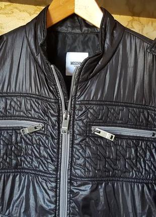 Модная куртка moschino original italy