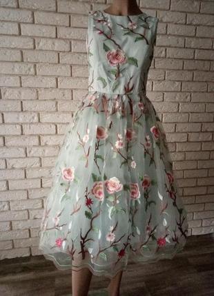 Эксклюзивное, потрясающее, шикарное, актуальное платье 12 chi chi london  cкидка - 50%