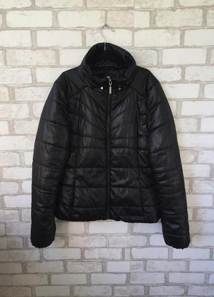 Чёрная демисезонная курточка от h&m