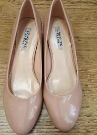 Туфли женские лодочки эко-лак невысокий каблук бежевые