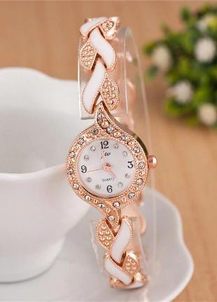Часы блестящие