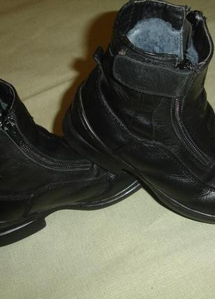 Зимние кожаные ботинки на цегейке 31 размер