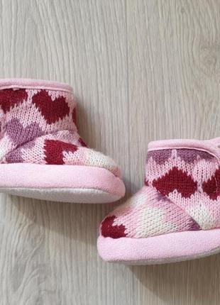 Сапожки, тапочки, обувь для младенца