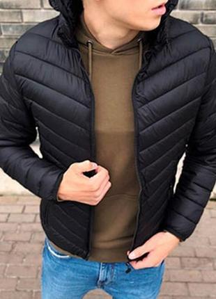 Мужская куртка чёрная, последний размер