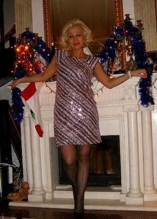 Вечернее французское платье с пайетками лилового цвета - м