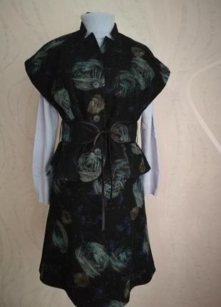 Шикарный шерстяной костюм,жилет-жакет+юбка миди, эстонского дизайнера,vilderson