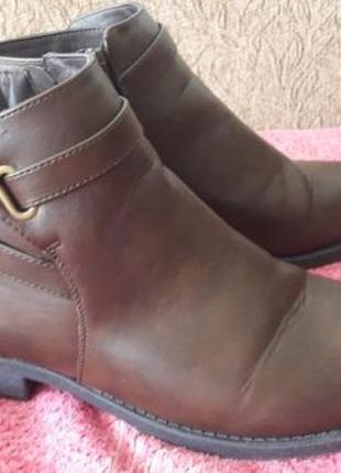 Ботинки деми miso 41 р. новые