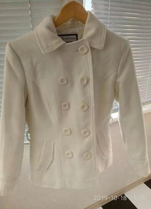 Пальто белое терранова
