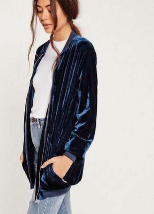 Удлиненный велюровый бархатный бомбер куртка курточка