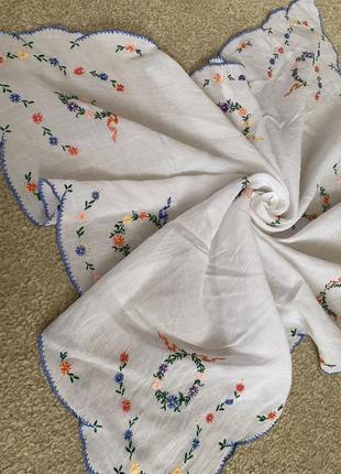 Вышитая скатерть вышивка ручной работы
