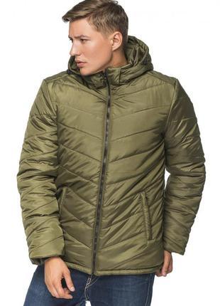 Зимняя куртка с капюшоном хаки