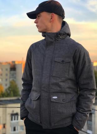 Нова чоловіча демісезонна куртка billabong