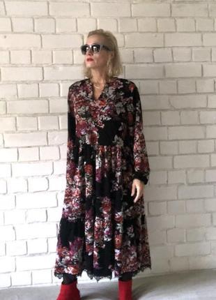 Повседневное платье в бохо стиле с кружевом