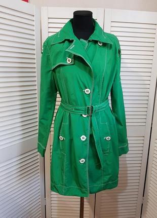 Зеленый стильный плащ тренч marc cain